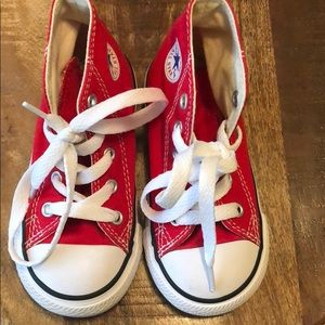 Toddler girl size 7 Converse